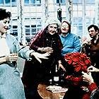 Meryl Streep, Christian Clemenson, and Maureen Stapleton in Heartburn (1986)