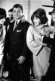 Susana Giménez, Malvina Pastorino, and Luis Sandrini in En mi casa mando yo (1968)