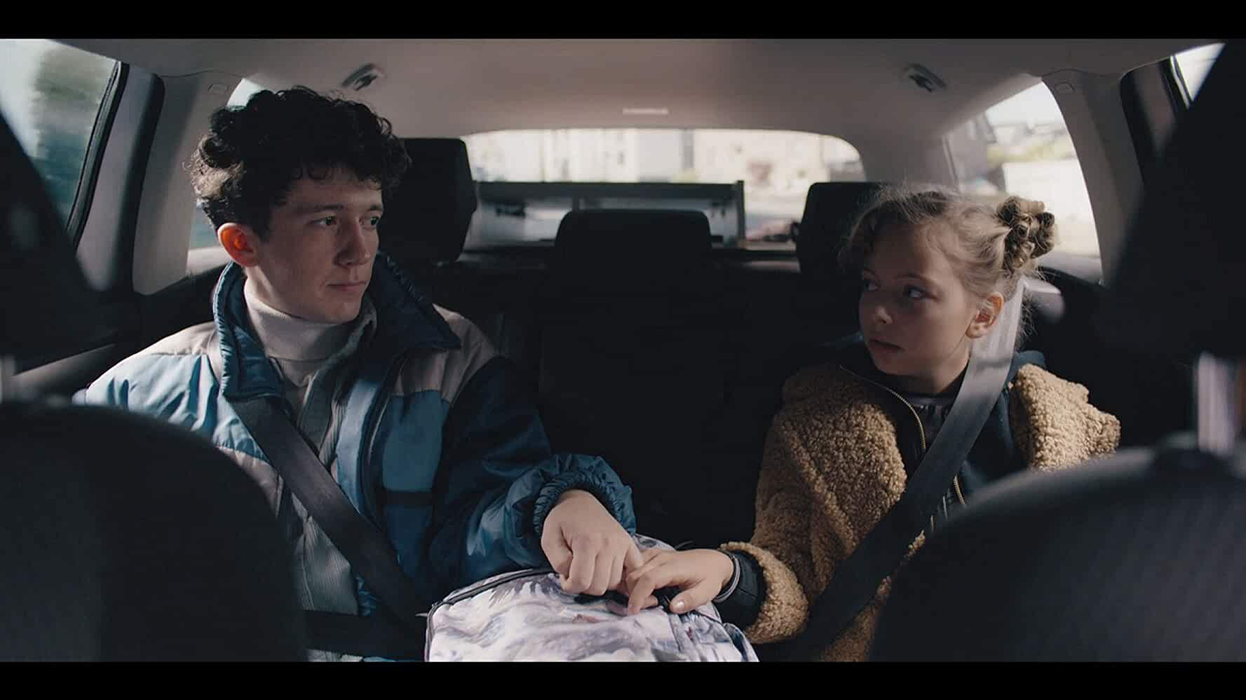 Jolina Amely Trinks and Maximilian Mundt in Move Fast and Break Things (2020)