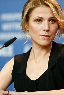 Franziska Weisz Picture