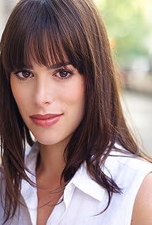 Lauren Kelston Picture