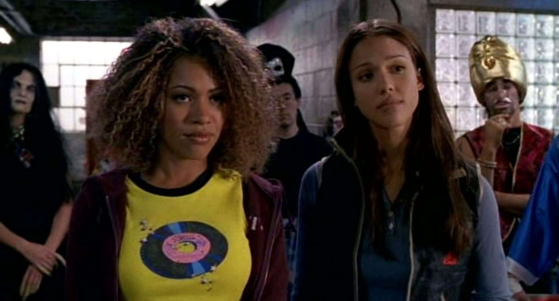 Jessica Alba and Valarie Rae Miller in Dark Angel (2000)