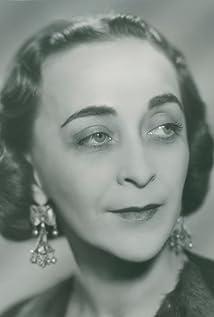 Mimi Pollak Picture