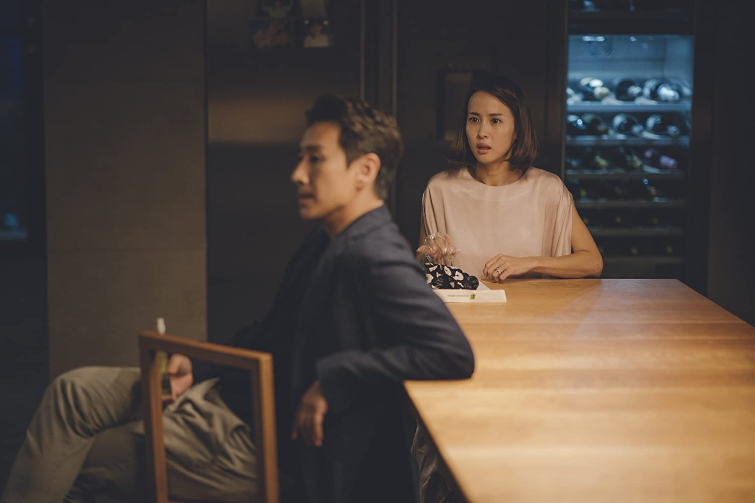 Sun-kyun Lee and Yeo-jeong Jo in Gisaengchung (2019)