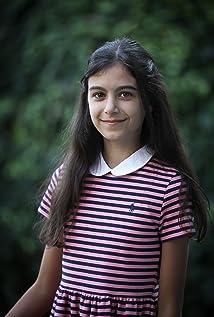 Laura Szabo Picture