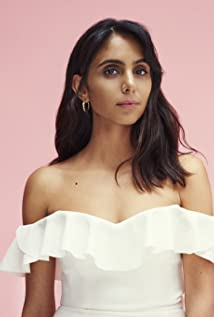 Anjli Mohindra Picture