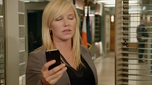 Law & Order: Special Victims Unit: Rollins Recognizes Who Was On The Surveillance Tape