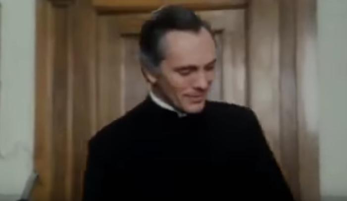 Terence Stamp in Morte in Vaticano (1982)