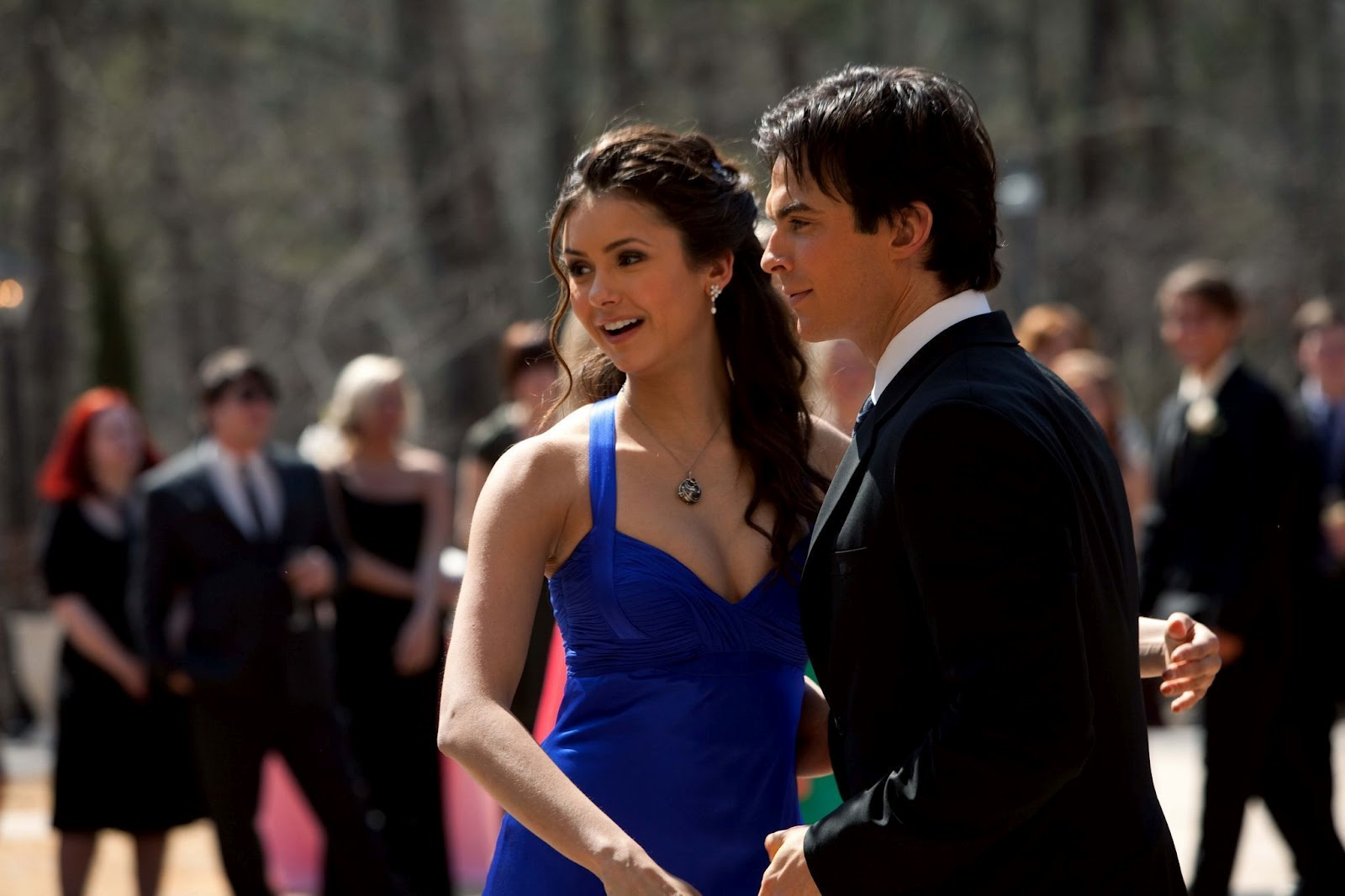 what episode does elena and damon date