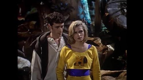 Buffy the Vampire Slayer Official Trailer