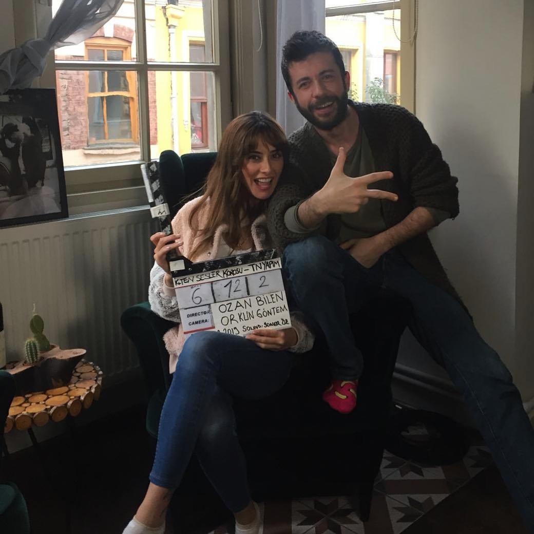 Firat Topkorur and Dila Danisman in Içten Sesler Korosu (2019)