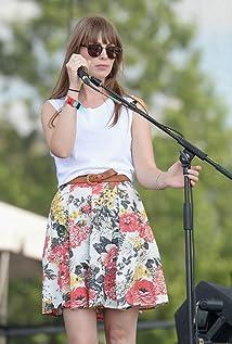 Zoe Manville Picture