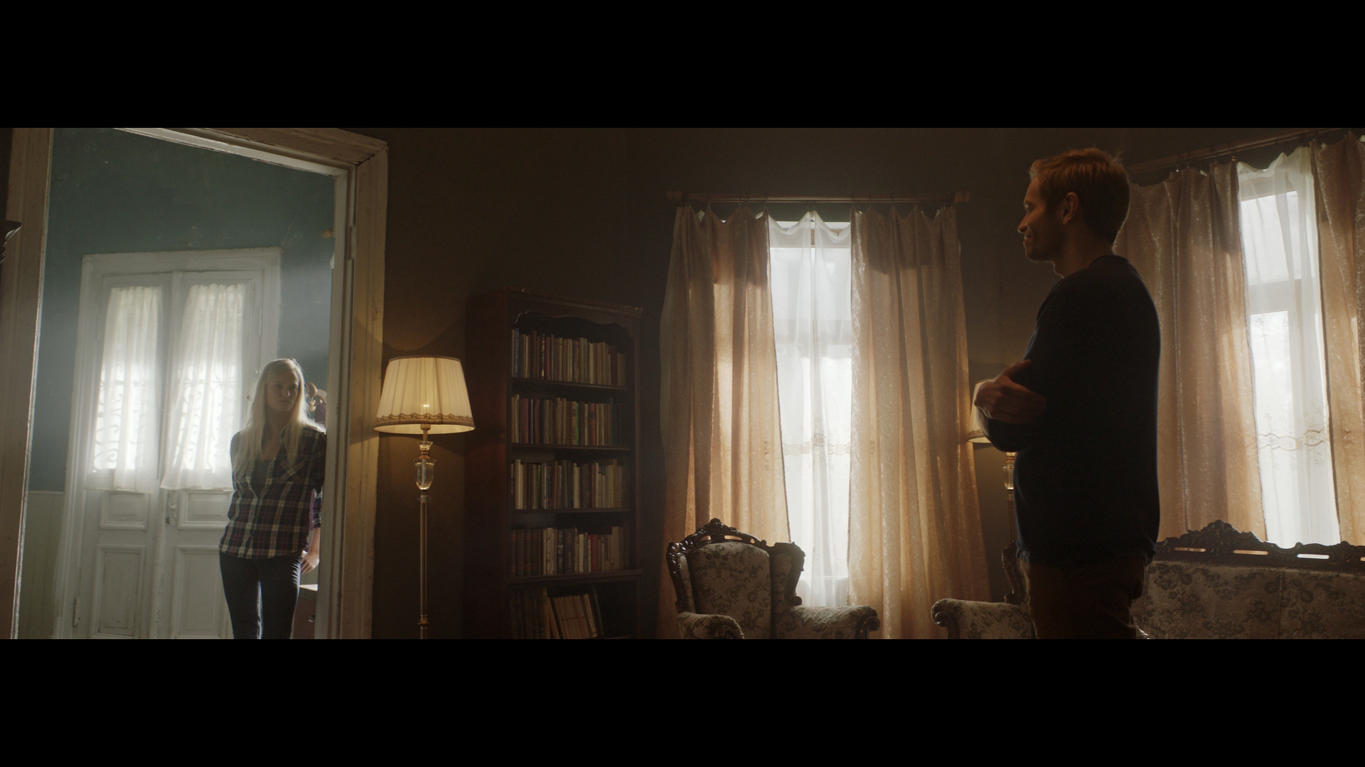 Ed Brody and Jessica Madsen in Dark Light (2019)