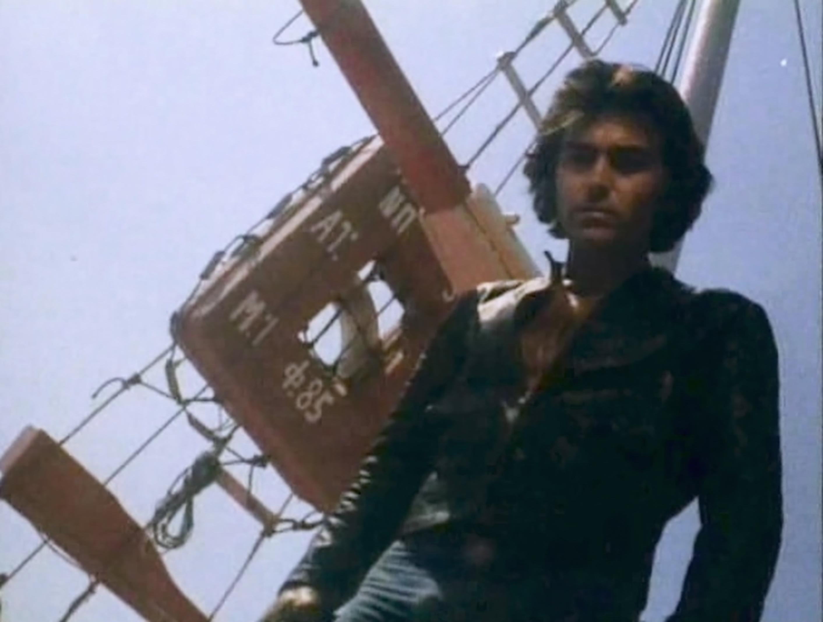 Haris Tryfonas in Mavri Afroditi (1977)