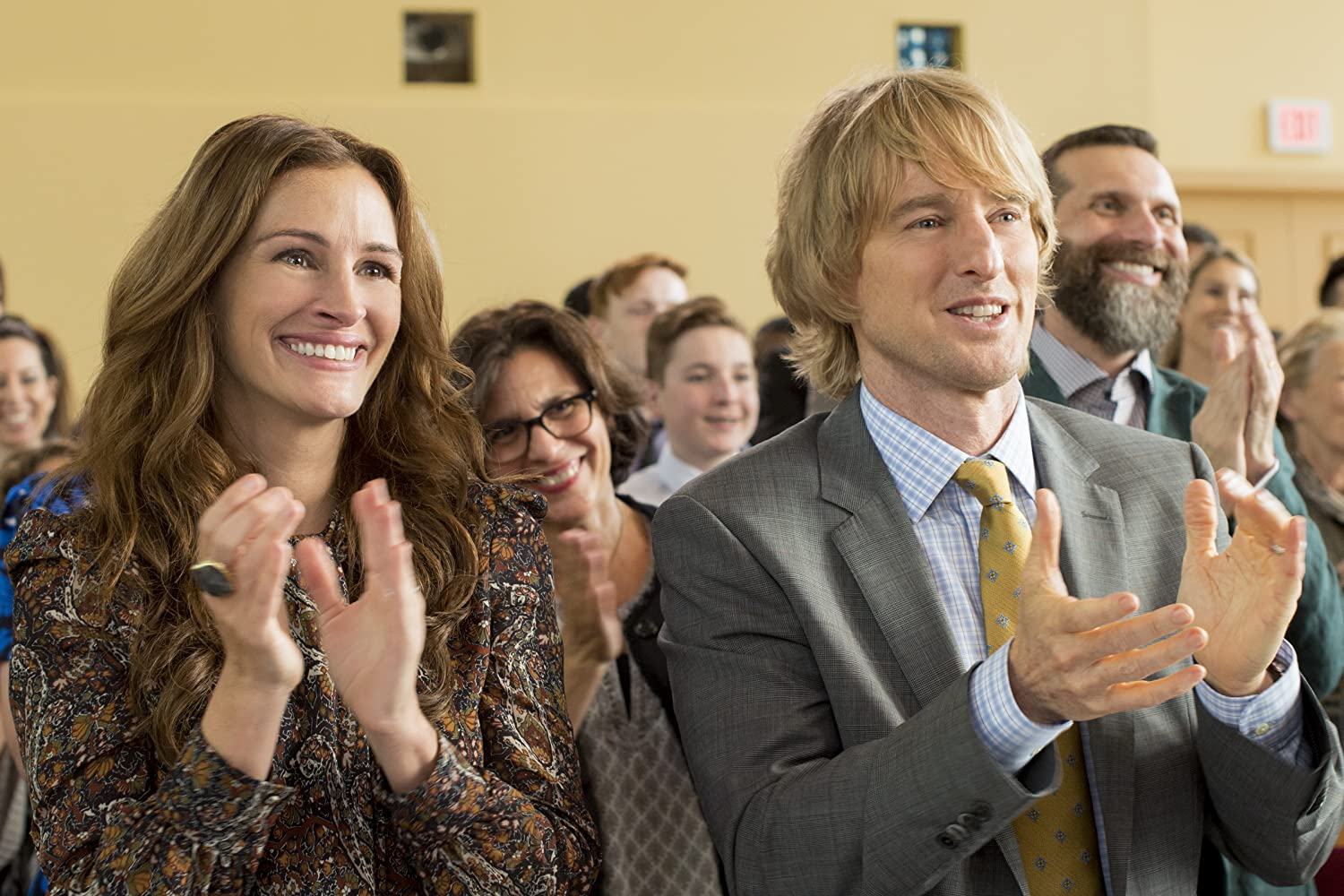 Julia Roberts and Owen Wilson in Wonder (2017)