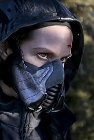 Sarah Carter in The Flash (2014)