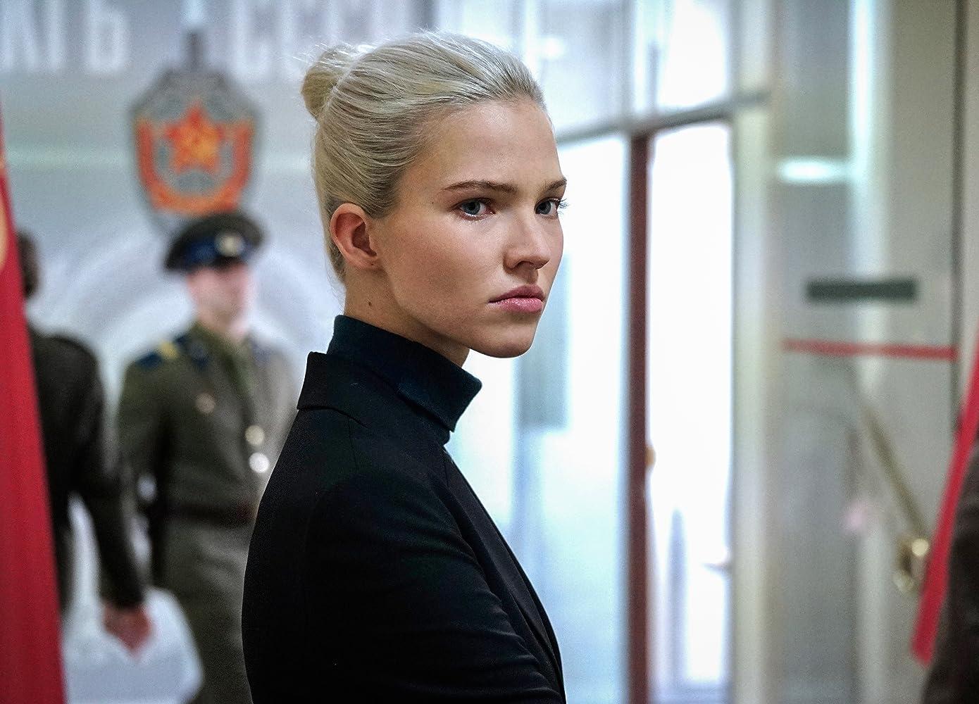 Sasha Luss in Anna (2019)