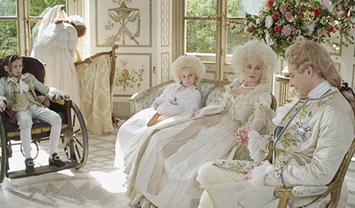 Louis XVI, l'homme qui ne voulait pas être roi (TV Movie 2011) - Photo  Gallery - IMDb
