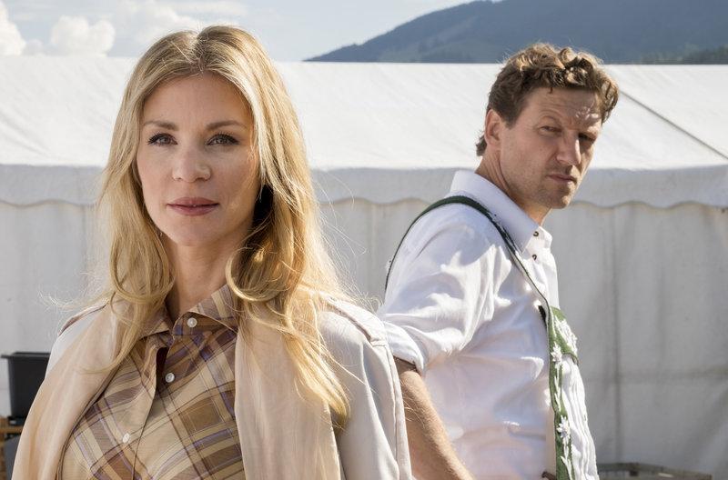High quality movie trailers download Daheim in den Bergen ...