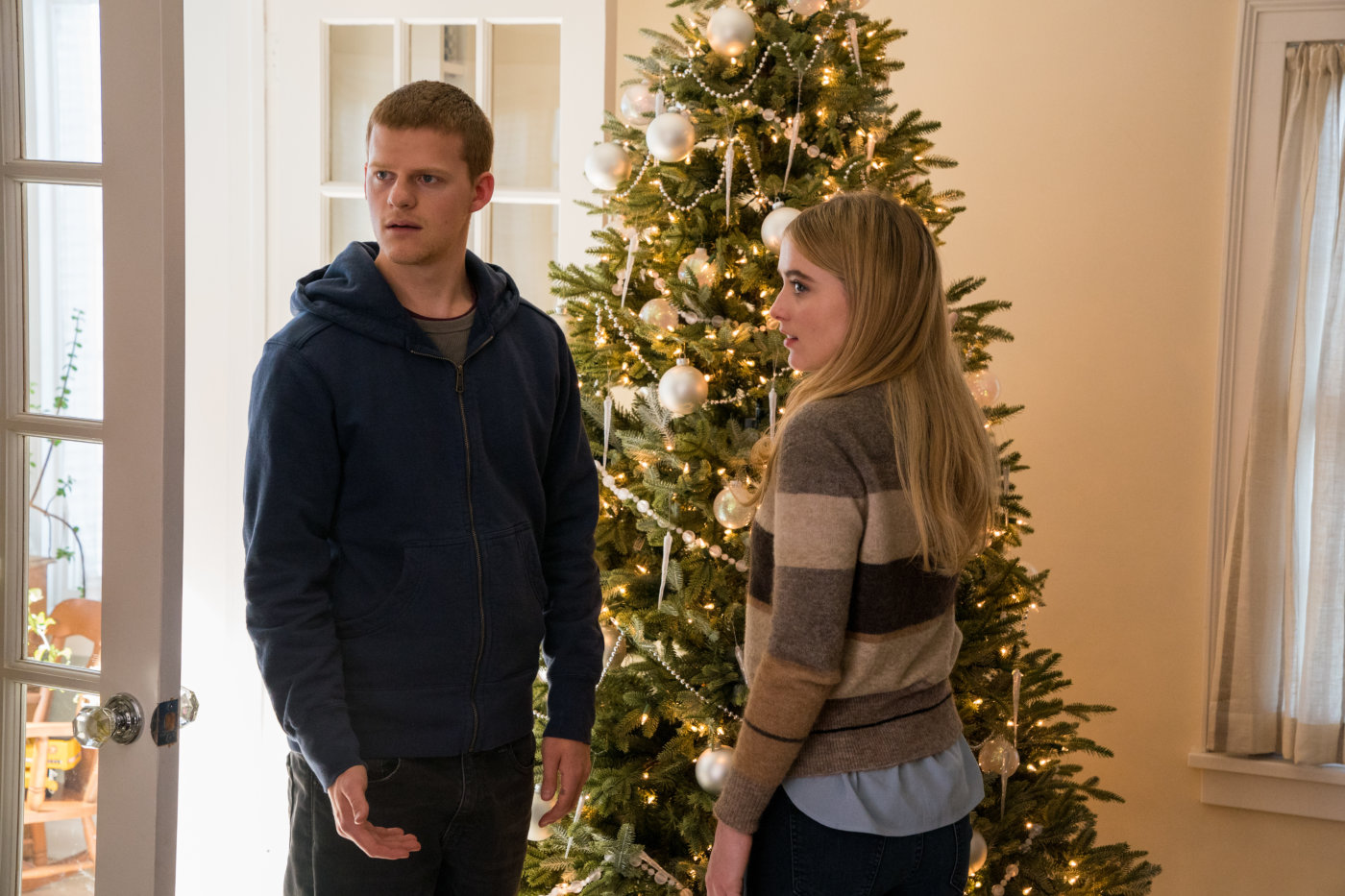 Kathryn Newton and Lucas Hedges in Ben Is Back (2018)