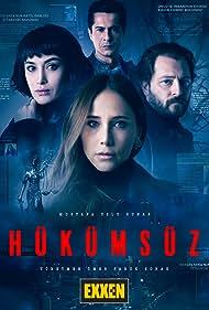Ismail Hacioglu, Burçin Terzioglu, Alican Yücesoy, and Hande Dogandemir in Hükümsüz (2021)