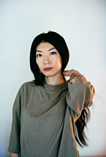 Mila Zuo Picture