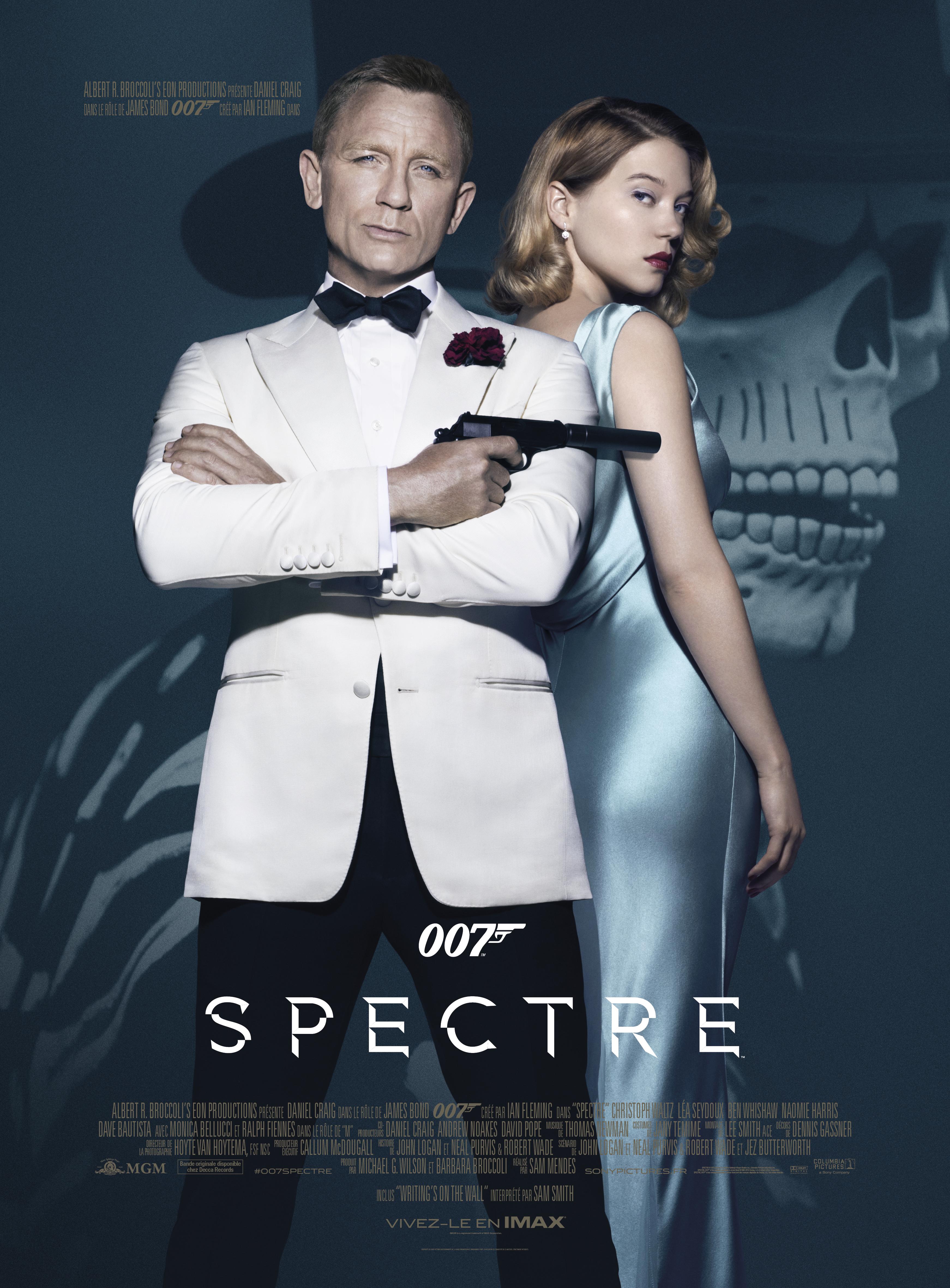 Daniel Craig and Léa Seydoux in Spectre (2015)