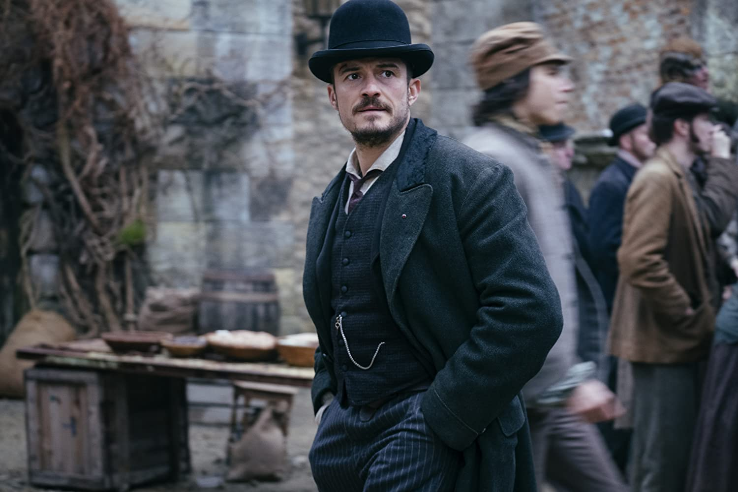 Orlando Bloom in Carnival Row (2019)
