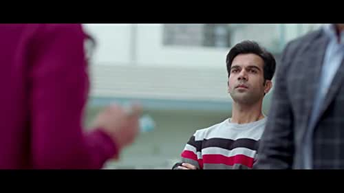 Gattu (Rajkummar Rao) has a problem, he loves Binny (Shruti Haasan) who lives in their neighborhood. But everyone says that the girls of the neighborhood should be treated as own sister or mother. So no one considers Gattu as a potential groom for Binny, rather gives him tasks which are usually done by a brother for his sister. Binny is also very mischievous, she is not committing to Gattu entirely. Now we have to watch how Gattu convinces both Binny and the neighborhood.