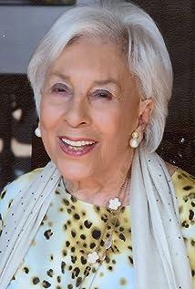 Theodora Valenti Picture