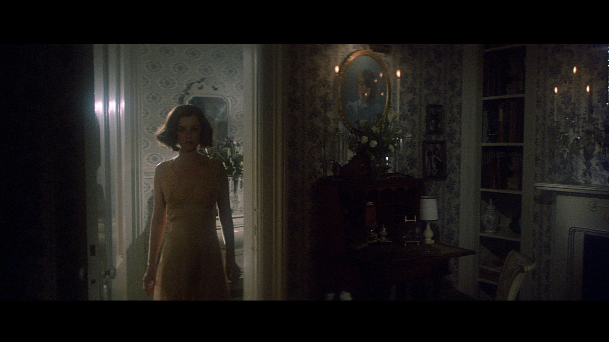 Geneviève Bujold in Obsession (1976)