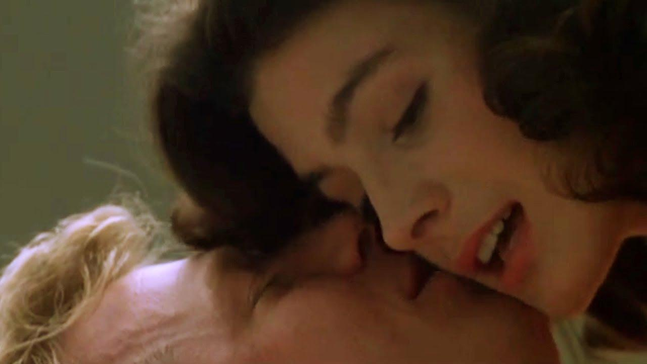 Sean Young and Michael McKean in Young Doctors in Love (1982)