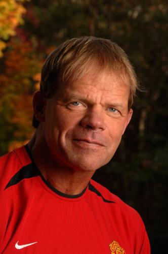 Larry Pfohl