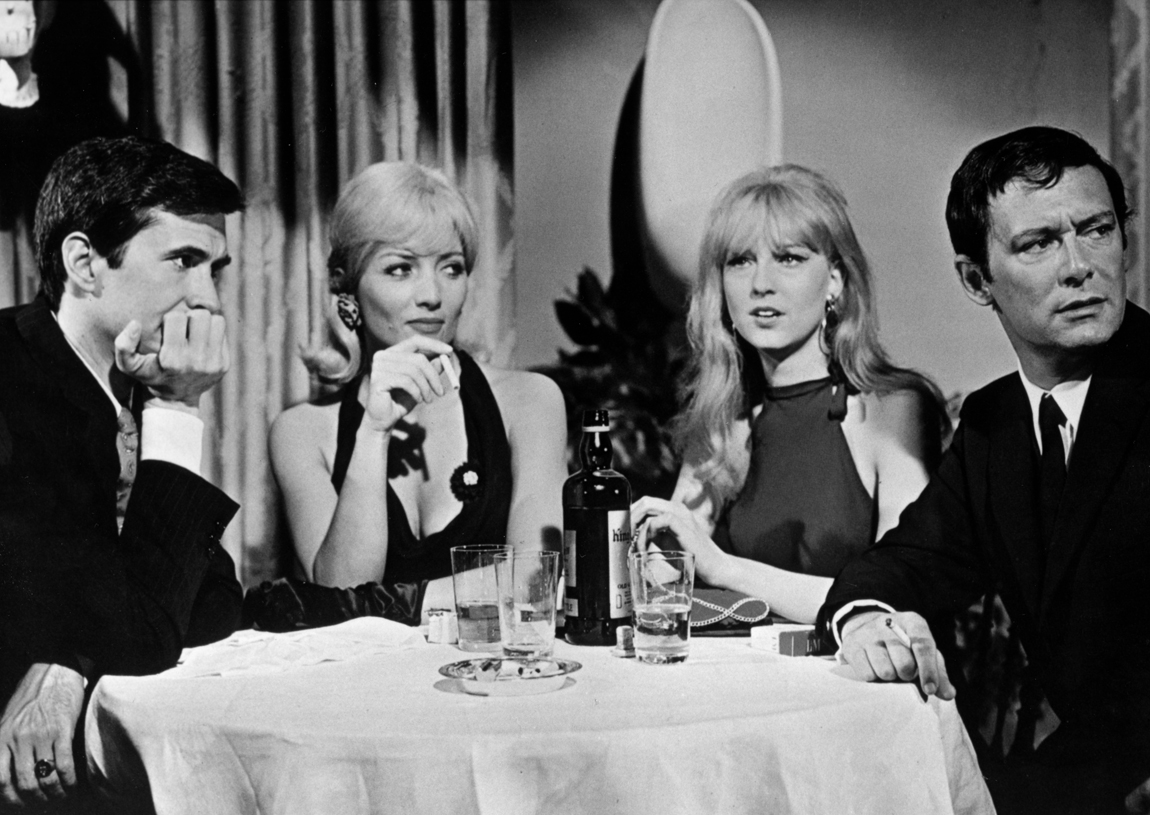 Anthony Perkins, Stéphane Audran, Christa Lang, and Maurice Ronet in Le scandale (1967)