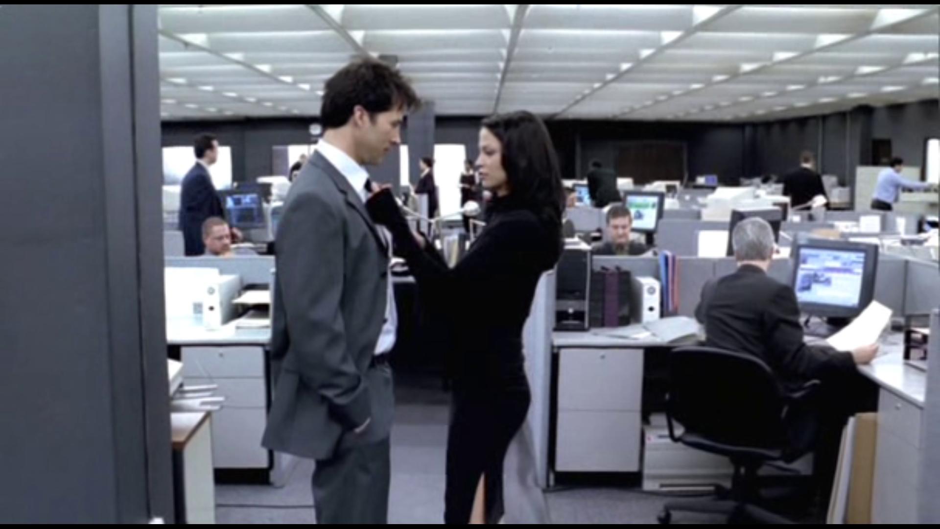 Joe Flanigan and Navi Rawat in Thoughtcrimes (2003)