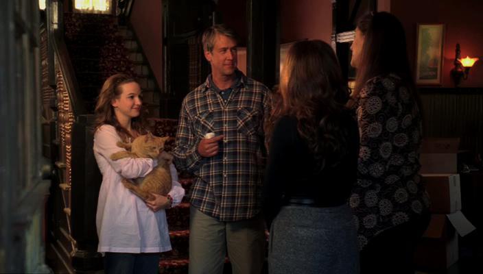 Jennifer Love Hewitt, Alan Ruck, Camryn Manheim, and Kay Panabaker in Ghost Whisperer (2005)