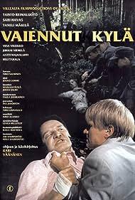 Taneli Mäkelä and Taisto Reimaluoto in Vaiennut kylä (1997)