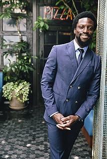 Michael Luwoye Picture