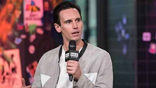BUILD: Cory Michael Smith Preparing for his Role in '1985'