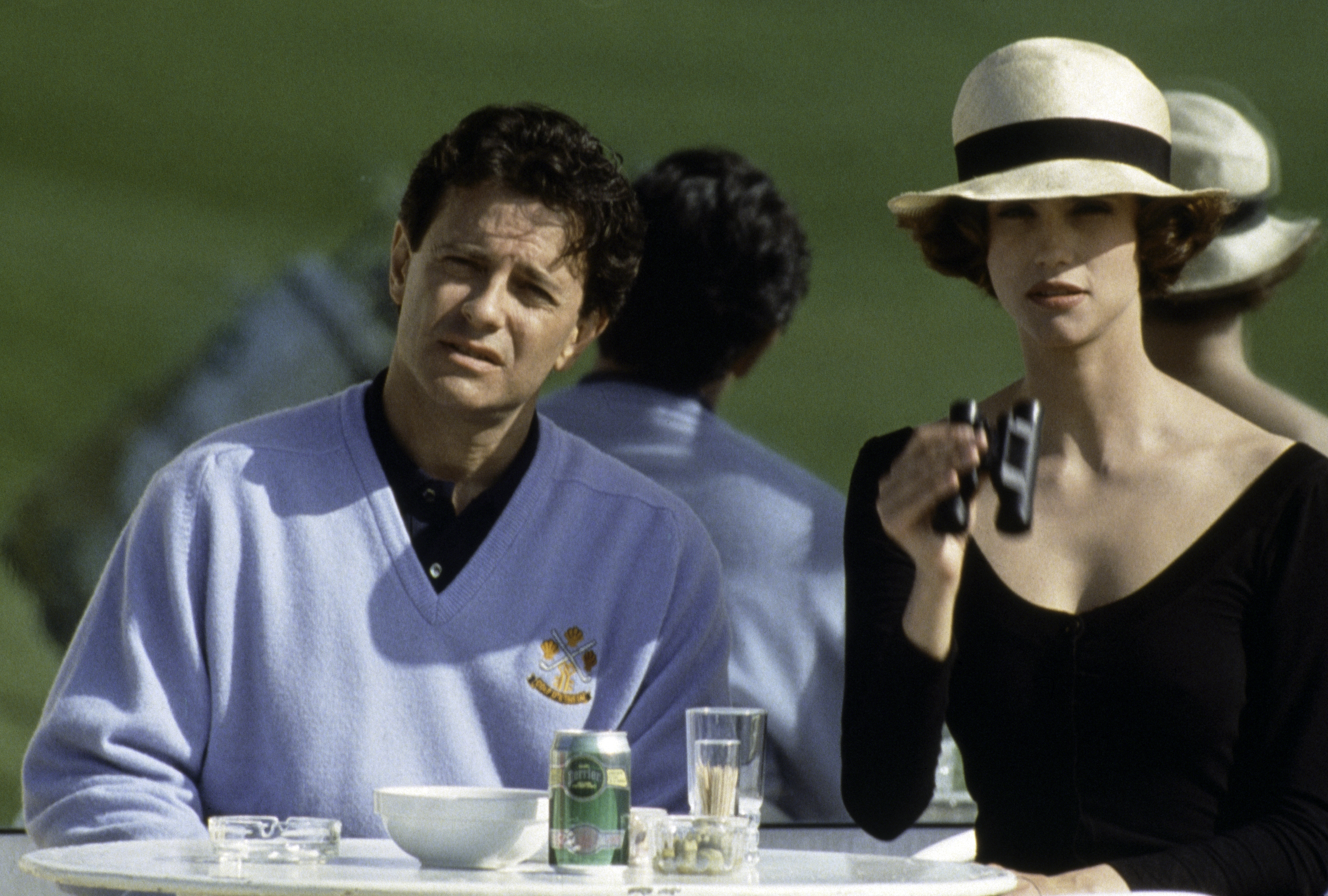 Francis Huster and Alessandra Martines in Tout ça... pour ça! (1993)