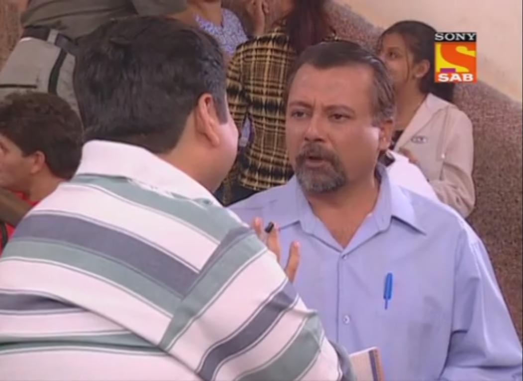 Deven Bhojani and Pankaj Kapur in Office Office (2000)