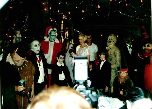 The Munsters' Scary Little Christmas (1996)