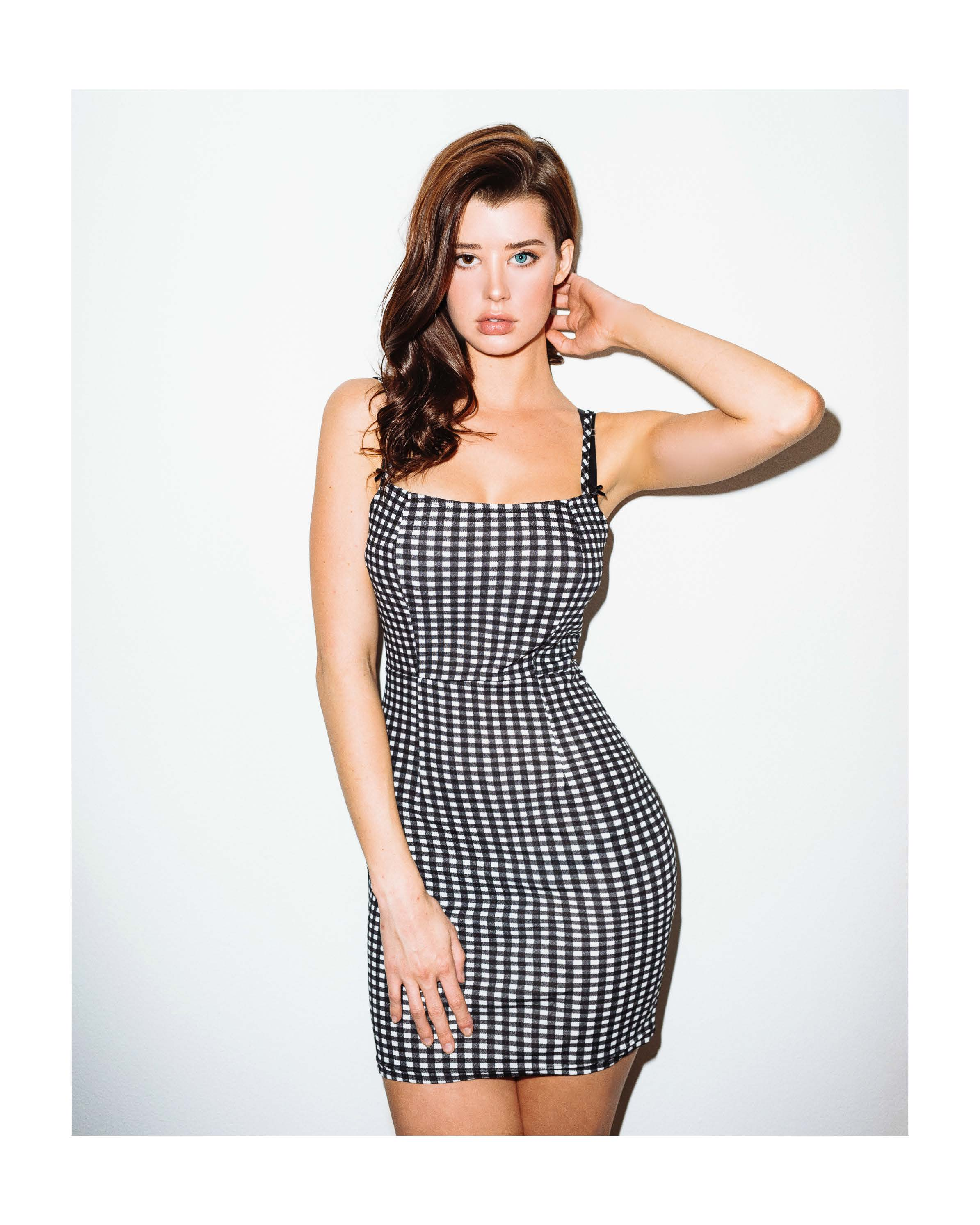 Celebrites Sarah McDaniel naked (24 photo), Ass, Is a cute, Boobs, see through 2019