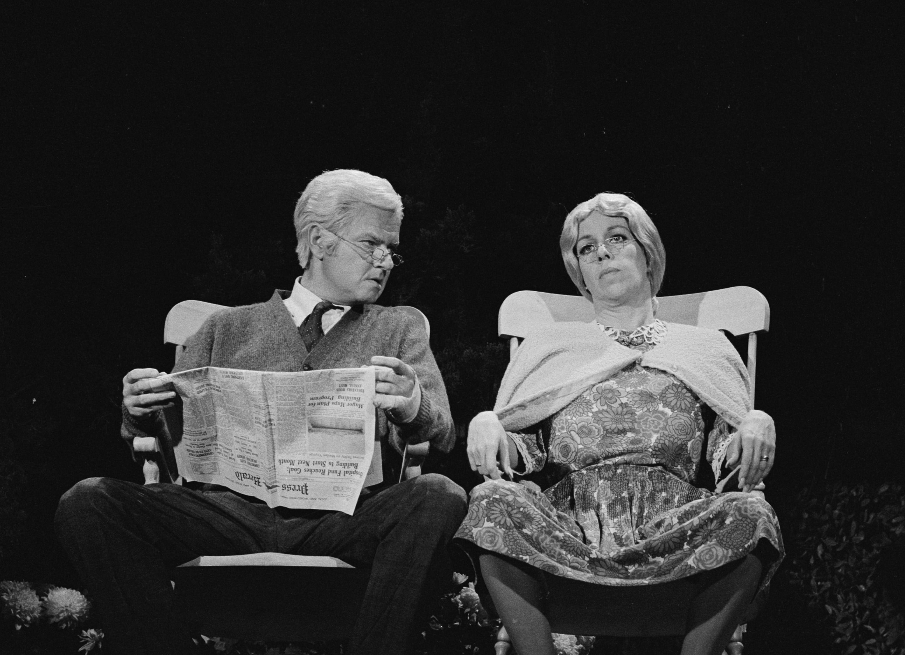 Carol Burnett and Harvey Korman in The Carol Burnett Show (1967)