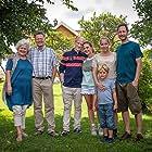 Trond Fausa, Janne Formoe, Ellen Horn, John Nyutstumo, Eivind Sander, Lukas Prange Løberg, Lea Walden, and Felix Walden in Neste Sommer (2014)