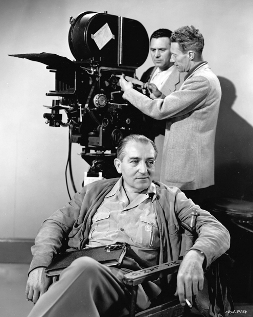 Fritz Lang and Milton R Krasner in Scarlet Street 1945