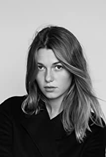 Mathilde Ollivier Picture
