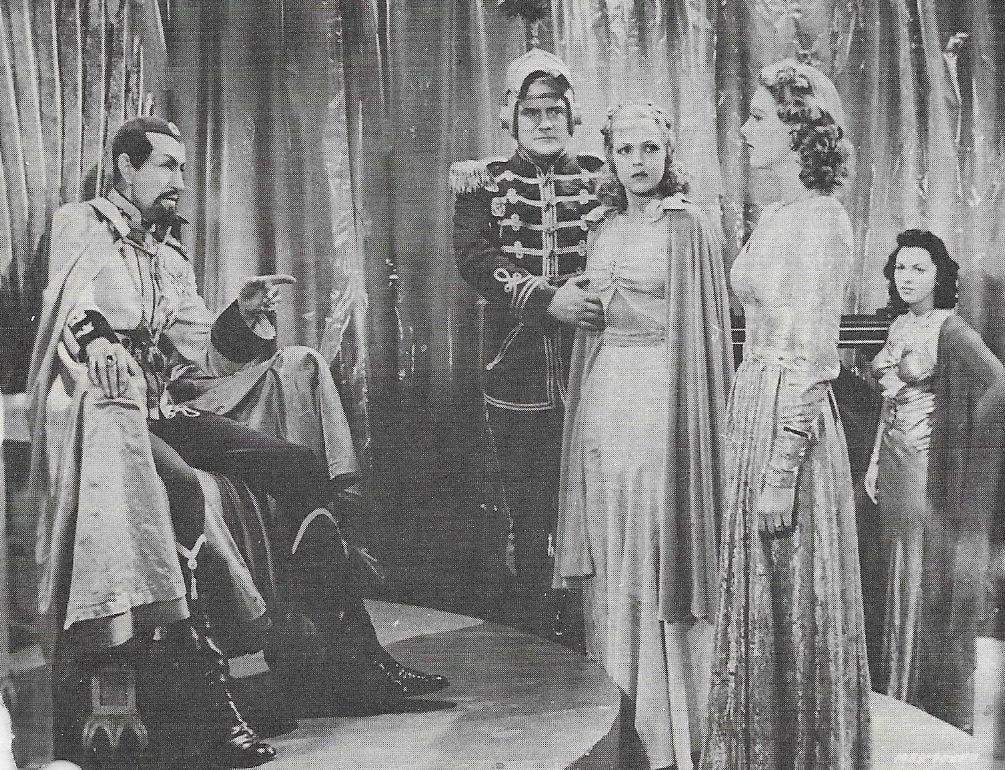 Shirley Deane, Anne Gwynne, Carol Hughes, Charles Middleton, and Don Rowan in Flash Gordon Conquers the Universe (1940)