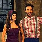Clara Lago and Dani Rovira in Ocho apellidos catalanes (2015)