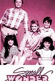 Tiffany Brissette, Richard Christie, Marla Pennington, Emily Schulman, and Jerry Supiran in Small Wonder (1985)